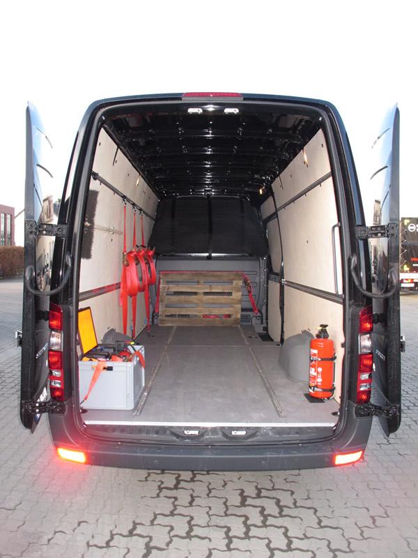 transporter 3 5t maintaler express logistik gmbh co kg. Black Bedroom Furniture Sets. Home Design Ideas
